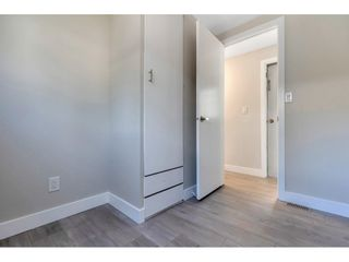 """Photo 11: 181 1840 160 Street in Surrey: King George Corridor Manufactured Home for sale in """"BREAKAWAY BAYS"""" (South Surrey White Rock)  : MLS®# R2585723"""
