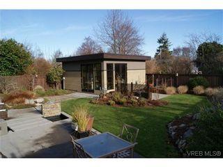 Photo 16: 915 Runnymede Pl in VICTORIA: OB South Oak Bay House for sale (Oak Bay)  : MLS®# 629571