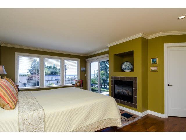 """Photo 15: Photos: 1159 BALSAM Street: White Rock House for sale in """"UPPER EAST BEACH"""" (South Surrey White Rock)  : MLS®# F1445609"""