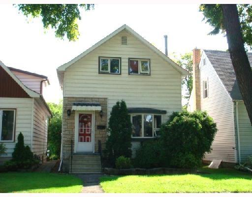Main Photo: 839 SPRUCE Street in WINNIPEG: West End / Wolseley Residential for sale (West Winnipeg)  : MLS®# 2816908
