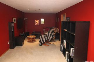 Photo 10: 813 Macklem Drive in Saskatoon: Massey Place Residential for sale : MLS®# SK870750