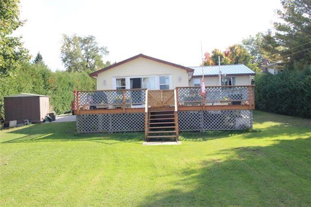 Main Photo: 61 Robinson Avenue in Kawartha Lakes: Rural Eldon House (Bungalow) for sale : MLS®# X3624976