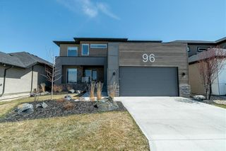 Photo 1: 96 CREEMANS Crescent in Winnipeg: Charleswood Residential for sale (1H)  : MLS®# 202111111