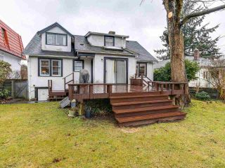 Photo 2: 2475 W 16TH Avenue in Vancouver: Kitsilano House for sale (Vancouver West)  : MLS®# R2143783