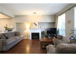 """Photo 2: 7035 180TH Street in Surrey: Cloverdale BC Townhouse for sale in """"Terraces at Provinceton"""" (Cloverdale)  : MLS®# F1321637"""