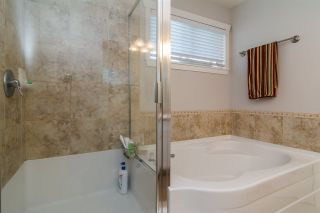 """Photo 14: 6632 206 Street in Langley: Willoughby Heights House for sale in """"BERKSHIRE"""" : MLS®# R2113542"""