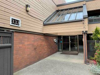 """Photo 15: 409 333 WETHERSFIELD Drive in Vancouver: South Cambie Condo for sale in """"LANGARA COURT"""" (Vancouver West)  : MLS®# R2586908"""
