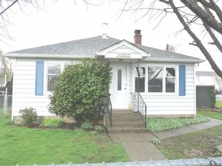 Photo 1: 46095 FIFTH Avenue in Chilliwack: Chilliwack E Young-Yale House for sale : MLS®# R2163139