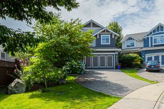 """Photo 2: 6751 204B Street in Langley: Willoughby Heights House for sale in """"TANGLEWOOD"""" : MLS®# R2557425"""