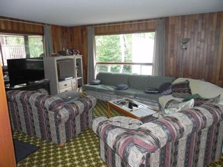 """Photo 8: 76 JOHNNY""""S Drive: Belair Residential for sale (R27)"""