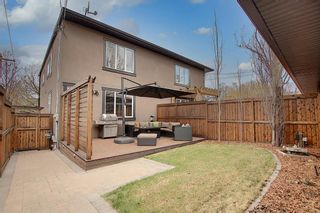 Photo 4: 4539 17 Avenue NW in Calgary: Montgomery Semi Detached for sale : MLS®# A1099334