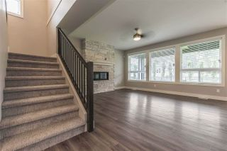 """Photo 5: 52764 STONEWOOD Place in Rosedale: Rosedale Popkum House for sale in """"Stonewood"""" : MLS®# R2383488"""