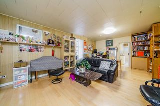 Photo 5: 917 E 10TH Avenue in Vancouver: Mount Pleasant VE House for sale (Vancouver East)  : MLS®# R2564337