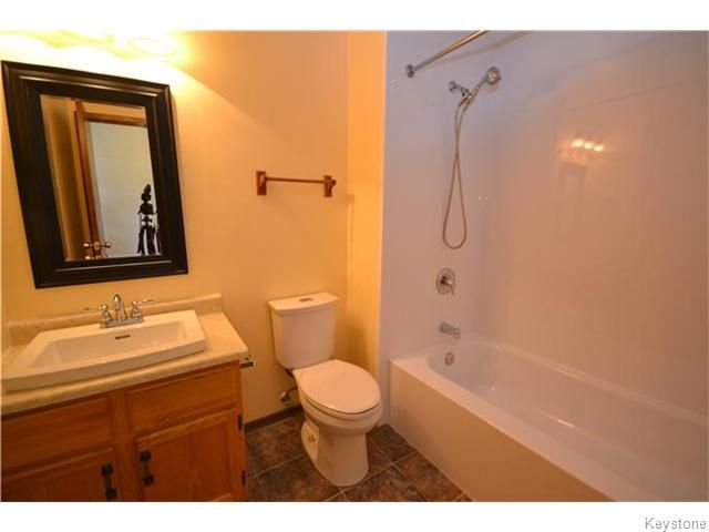 Photo 8: Photos: 162 Kitson Street in Winnipeg: St Boniface Condominium for sale (South East Winnipeg)  : MLS®# 1604546