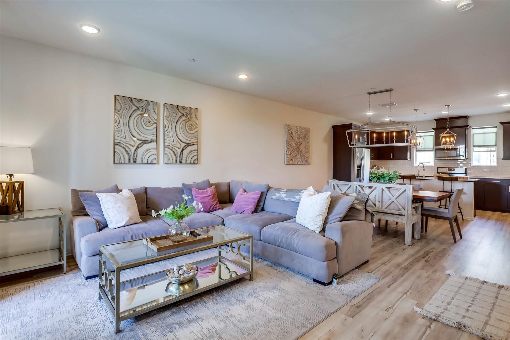 Main Photo: SAN DIEGO Condo for sale : 4 bedrooms : 1370 Calle Sandcliff #55