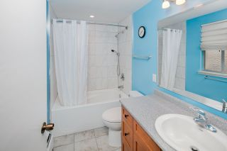 """Photo 14: 603 WESTVIEW Place in North Vancouver: Upper Lonsdale Townhouse for sale in """"Cypress Gardens"""" : MLS®# R2211101"""