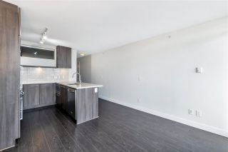 "Photo 15: 1807 668 COLUMBIA Street in New Westminster: Quay Condo for sale in ""TRAPP & HOLBROOK"" : MLS®# R2545473"