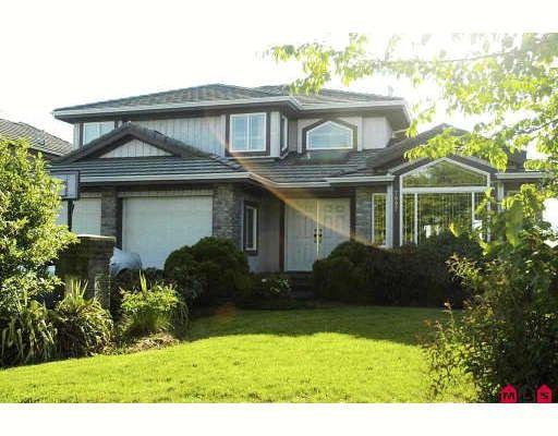 "Main Photo: 7897 154TH Street in Surrey: Fleetwood Tynehead House for sale in ""FAIRWAY PARK"" : MLS®# F2910774"