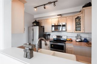 """Photo 10: 904 140 E 14TH Street in North Vancouver: Central Lonsdale Condo for sale in """"Springhill Place"""" : MLS®# R2452707"""