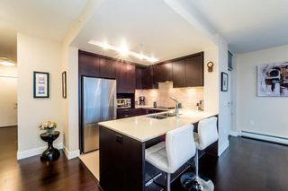 Photo 5: 501 1320 CHESTERFIELD Avenue in North Vancouver: Central Lonsdale Condo for sale : MLS®# R2163922