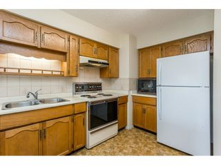 """Photo 4: 63 32959 GEORGE FERGUSON Way in Abbotsford: Central Abbotsford Townhouse for sale in """"OAKHURST"""" : MLS®# R2612971"""