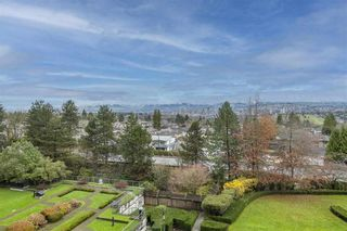 """Photo 1: 604 6055 NELSON Avenue in Burnaby: Forest Glen BS Condo for sale in """"LA MIRAGE II BY BOSA"""" (Burnaby South)  : MLS®# R2520345"""