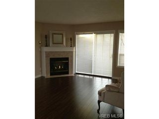 Photo 6: 302 9945 Fifth St in SIDNEY: Si Sidney North-East Condo for sale (Sidney)  : MLS®# 656929