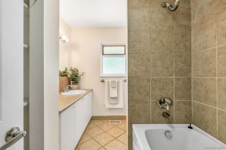 """Photo 12: 1424 54 Street in Delta: Cliff Drive House for sale in """"Cliff Drive"""" (Tsawwassen)  : MLS®# R2444527"""