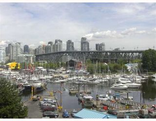 "Photo 1: 301 1490 PENNYFARTHING Drive in Vancouver: False Creek Condo for sale in ""HARBOUR COVE"" (Vancouver West)  : MLS®# V753639"