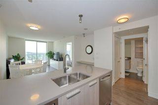 "Photo 1: 2502 3007 GLEN Drive in Coquitlam: North Coquitlam Condo for sale in ""Evergreen"" : MLS®# R2389564"