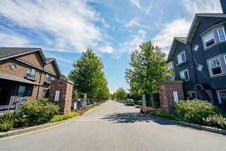 "Photo 3: 10 6450 187 Street in Surrey: Cloverdale BC Townhouse for sale in ""Hillcrest"" (Cloverdale)  : MLS®# R2288599"