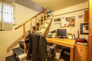 Photo 20: 3657 E PENDER Street in Vancouver: Renfrew VE House for sale (Vancouver East)  : MLS®# R2561375
