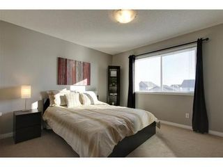 Photo 11: 342 EVERGLEN Rise SW in Calgary: 2 Storey for sale : MLS®# C3586109