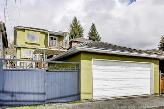 Photo 2: 3048 E 8TH Avenue in Vancouver: Renfrew VE House for sale (Vancouver East)  : MLS®# R2250637