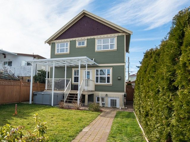 Main Photo: 4220 GLEN Drive in Vancouver: Knight 1/2 Duplex for sale (Vancouver East)  : MLS®# V991950