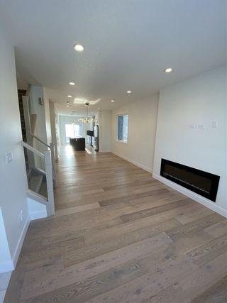 Photo 3: 7731 83 Avenue in Edmonton: Zone 18 House for sale : MLS®# E4217876