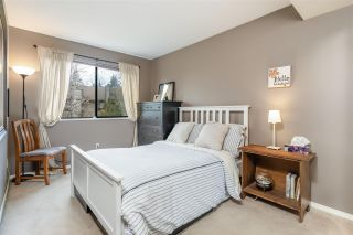 """Photo 15: 8552 WILDERNESS Court in Burnaby: Forest Hills BN Townhouse for sale in """"SIMON FRASER VILLAGE"""" (Burnaby North)  : MLS®# R2560029"""