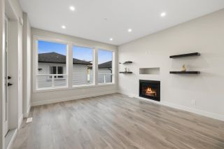 """Photo 11: 4446 STEPHEN LEACOCK Drive in Abbotsford: Abbotsford East House for sale in """"Auguston"""" : MLS®# R2613375"""