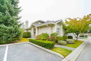 "Photo 3: 36 16888 80 Avenue in Surrey: Fleetwood Tynehead Townhouse for sale in ""STONECROFT"" : MLS®# R2494658"