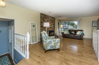 """Photo 5: 4965 198B Street in Langley: Langley City House for sale in """"Mason Heights"""" : MLS®# R2245663"""