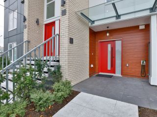Photo 3: 6 6288 BERESFORD Street in Burnaby: Metrotown Townhouse for sale (Burnaby South)  : MLS®# R2625639