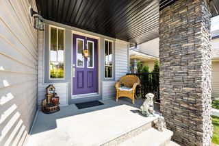Photo 2: 2024 Armitage Green SW in Edmonton: Zone 56 House for sale : MLS®# E4260361