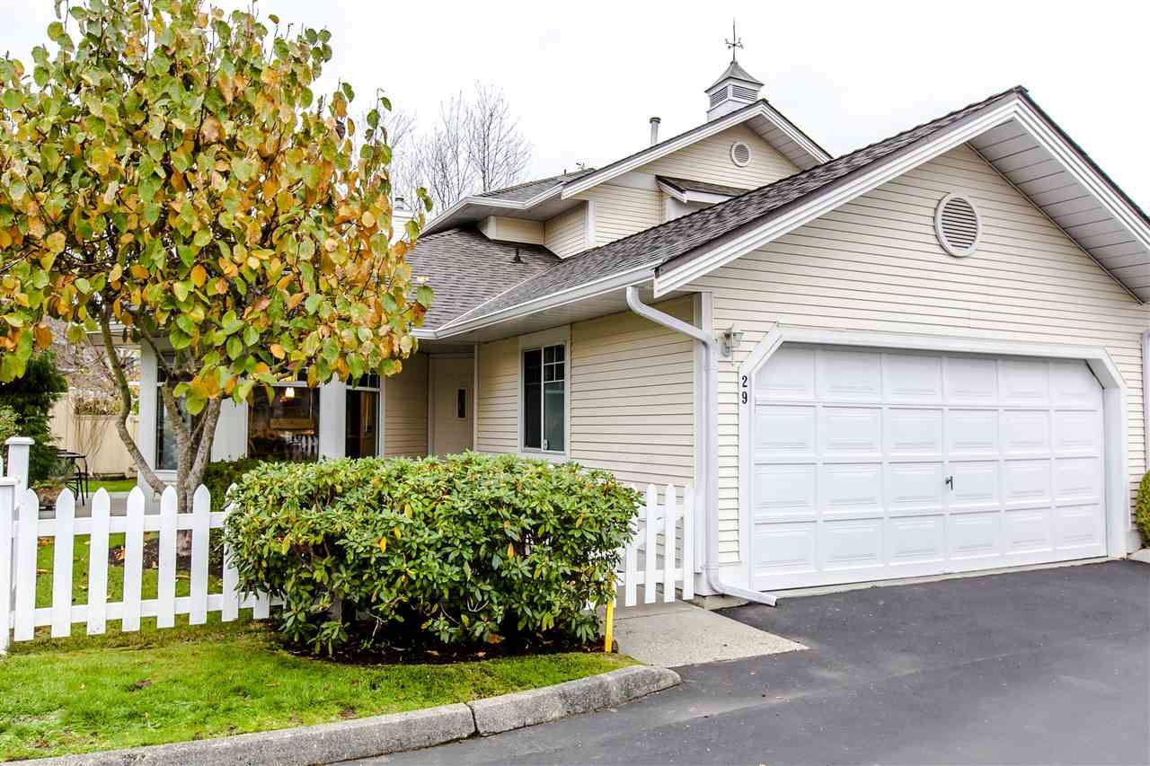 """Main Photo: 29 21138 88 Avenue in Langley: Walnut Grove Townhouse for sale in """"Spencer Green"""" : MLS®# R2013279"""