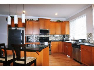 """Photo 7: 5 11720 COTTONWOOD Drive in Maple Ridge: Cottonwood MR Townhouse for sale in """"COTTONWOOD GREEN"""" : MLS®# V1106840"""