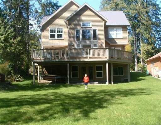 """Main Photo: 1107 GRANDVIEW RD in Gibsons: Gibsons & Area House for sale in """"GIBSONS"""" (Sunshine Coast)  : MLS®# V586596"""