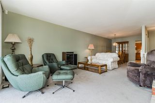 """Photo 4: 27 3055 TRAFALGAR Street in Abbotsford: Central Abbotsford Townhouse for sale in """"Glenview Meadows"""" : MLS®# R2301122"""