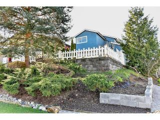 """Photo 2: 7967 138A Street in Surrey: East Newton House for sale in """"EAST NEWTON"""" : MLS®# R2046454"""