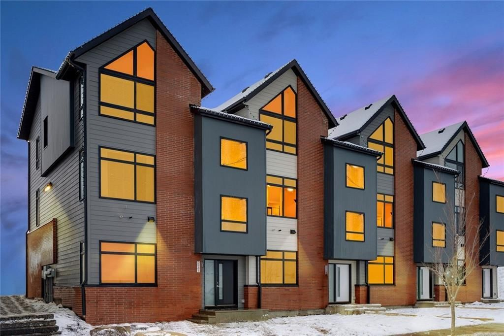 Photo 16: Photos: 5 Sage Meadows Circle NW in Calgary: Sage Hill Row/Townhouse for sale : MLS®# A1051299