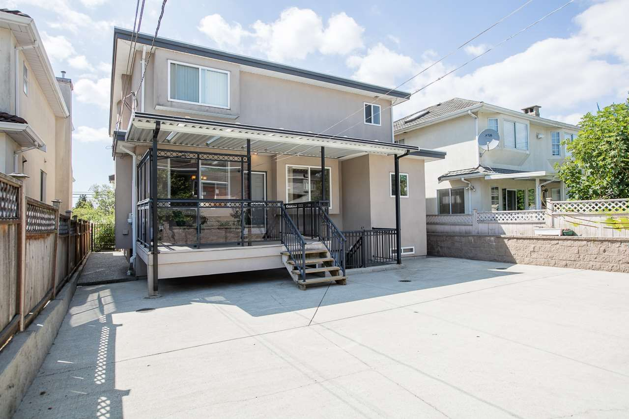 Photo 20: Photos: 6228 DOMAN Street in Vancouver: Killarney VE House for sale (Vancouver East)  : MLS®# R2186652