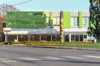 Photo 46: 2290 Estevan Ave in Oak Bay: OB Estevan Half Duplex for sale : MLS®# 837922